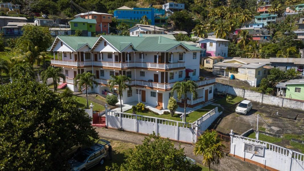 RE/MAX real estate, St. Vincent & Grenadines, Arnos Vale, ARNOS VALE - CANE HALL APARTMENT BUILDING