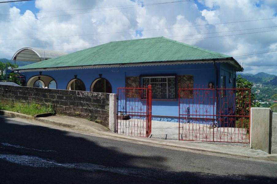 RE/MAX real estate, Saint Vincent and the Grenadines, Belmont, BELMONT BUNGALOW