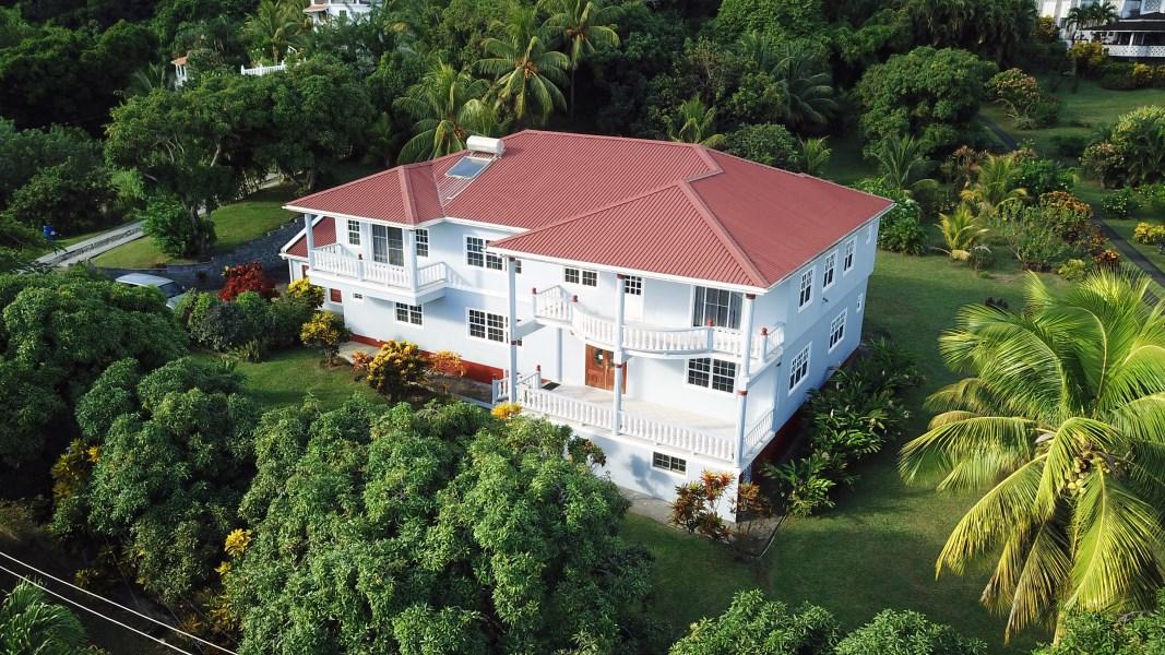 RE/MAX real estate, St. Vincent & Grenadines, Arnos Vale, CANE HALL BEAUTY