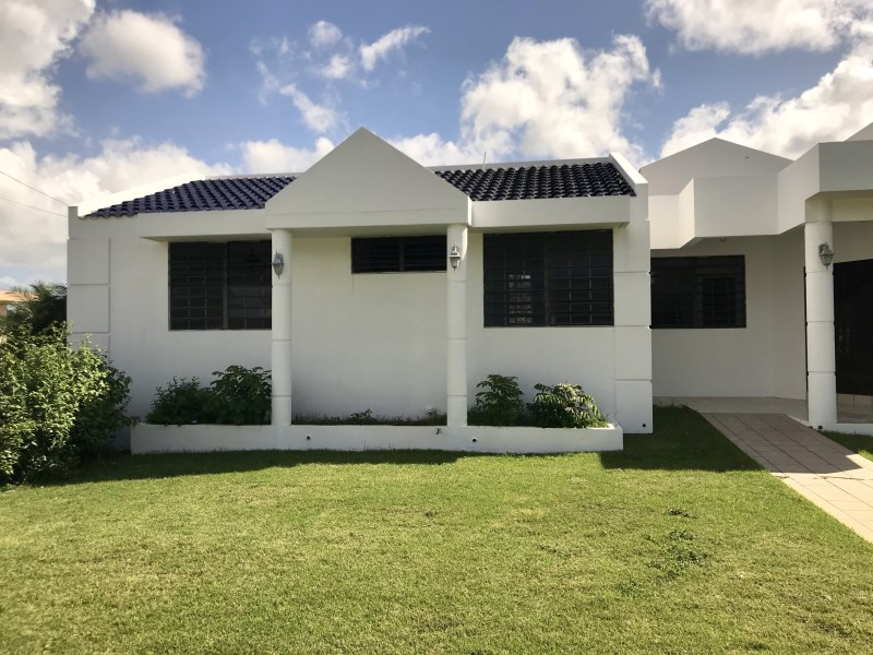 RE/MAX real estate, Puerto Rico, Arecibo, Urb Los Flamboyanes # 22 Carr 2 km. 62.1 Arecibo Puerto Rico 00612