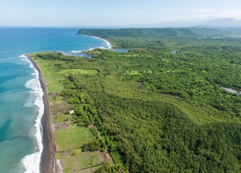 Remax real estate, Costa Rica, Puntarenas, Cenral Pacific Oceanfront development property / Puntarenas