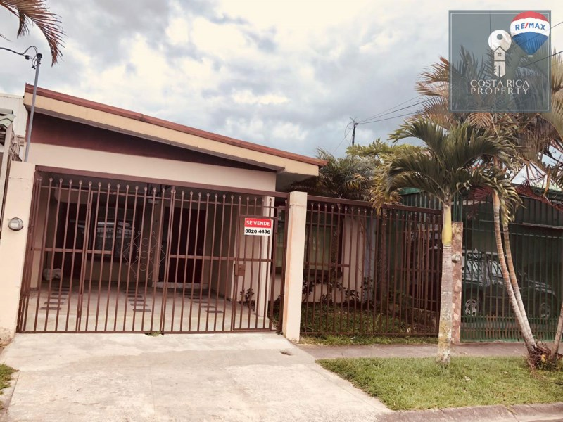 Remax real estate, Costa Rica, El Guarco-El Tejar, MOTIVATED SELLER!! 4 bedrooms, 2 bathroom home for sale in Residential Las Catalinas, Cartago.