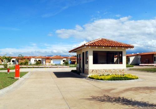 Remax real estate, Costa Rica, Alajuela - San Rafael de Alajuela, Hidden away from the bustling crowds!!!