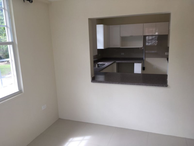RE/MAX real estate, Trinidad and Tobago, Maraval, 2 Bedroom Semi-Furnished Apartment in Maraval