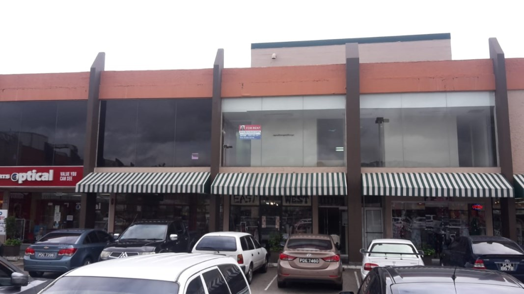 RE/MAX real estate, Trinidad and Tobago, Valsayn, Commercial space at Valpark Shopping Plaza