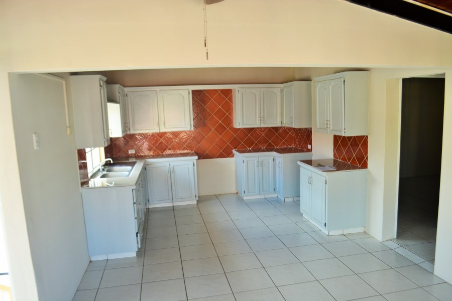 RE/MAX real estate, Trinidad and Tobago, El Socorro, El Socorro - Three-Bedroom Apartment