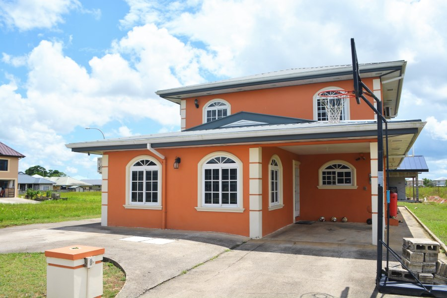 RE/MAX real estate, Trinidad and Tobago, Arima, The Crossings Arima