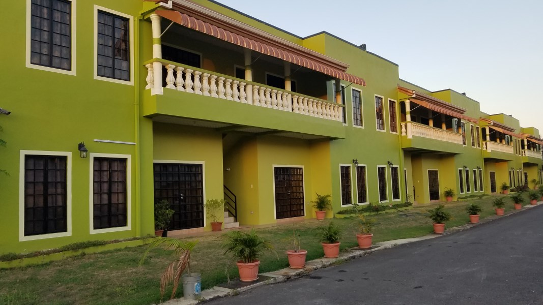 RE/MAX real estate, Trinidad and Tobago, Saint Augustine, Unfurnished 2 Bedroom 1 Bath Apartment, South of UWI, St Augustine