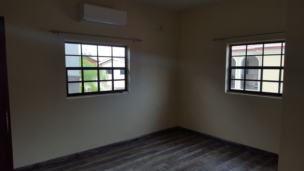 RE/MAX real estate, Trinidad and Tobago, Chaguanas, Unfurnished Townhouse for RENT, King Crescent Circular, Orchard Gardens, Chaguanas