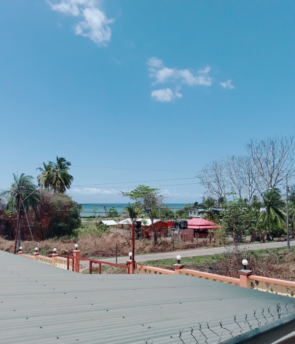 RE/MAX real estate, Trinidad and Tobago, Palo Seco, Los Iros: 3 bedroom Beach house.