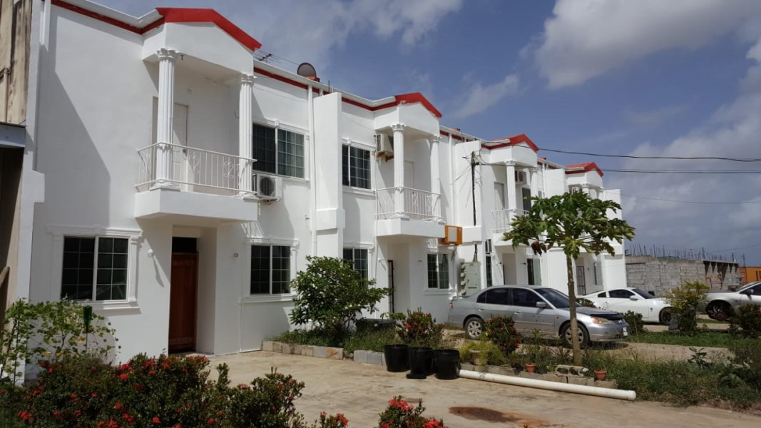 RE/MAX real estate, Trinidad and Tobago, Las Lomas, 3 Bedroom Las Lomas Townhouse