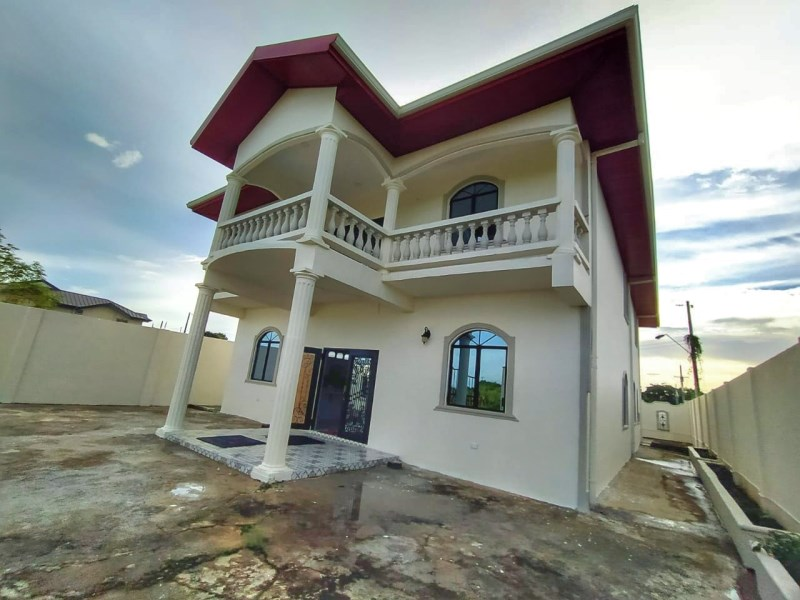 RE/MAX real estate, Trinidad and Tobago, Chase Village, 2-Storey House- 4 bedrooms 3 bathrooms Located 5 mins from the heart of Chaguanas and Chase Village