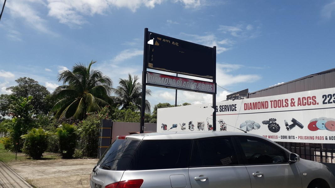 RE/MAX real estate, Trinidad and Tobago, Couva, Commercial building Couva Main Road