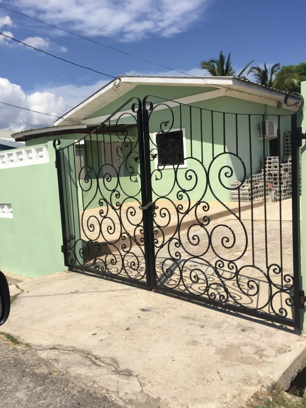 RE/MAX real estate, Trinidad and Tobago, Kelly Village, 3BR House Ibis Gardens Caroni