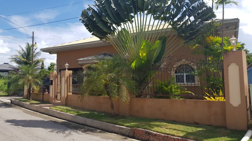 RE/MAX real estate, Trinidad and Tobago, Chaguanas, Three Bedroom House Longdenville Chaguanas