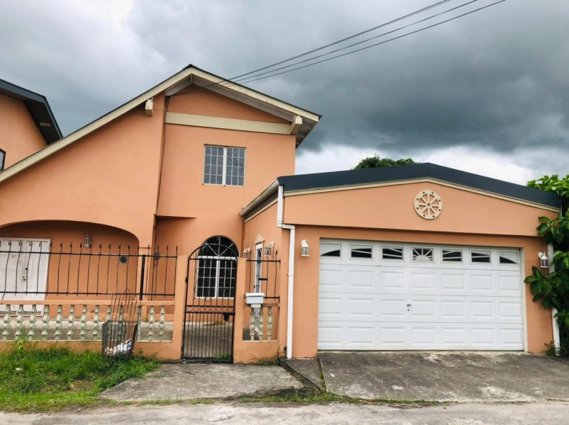 RE/MAX real estate, Trinidad and Tobago, Couva, Roystonia 3 Bedroom, 2 Bath House For Rent