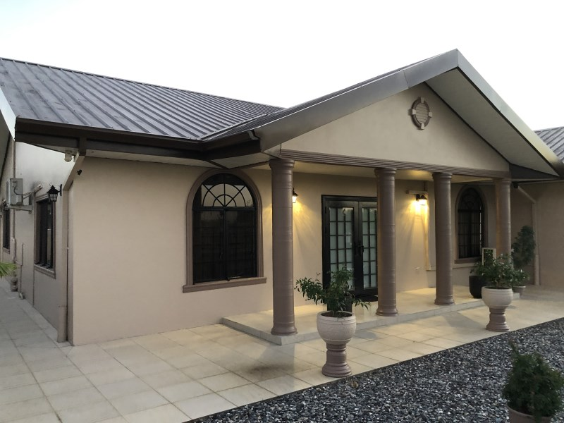 RE/MAX real estate, Trinidad and Tobago, Calcutta Settlement, Modern Luxury Home in gated Wyndham Palms Freeport