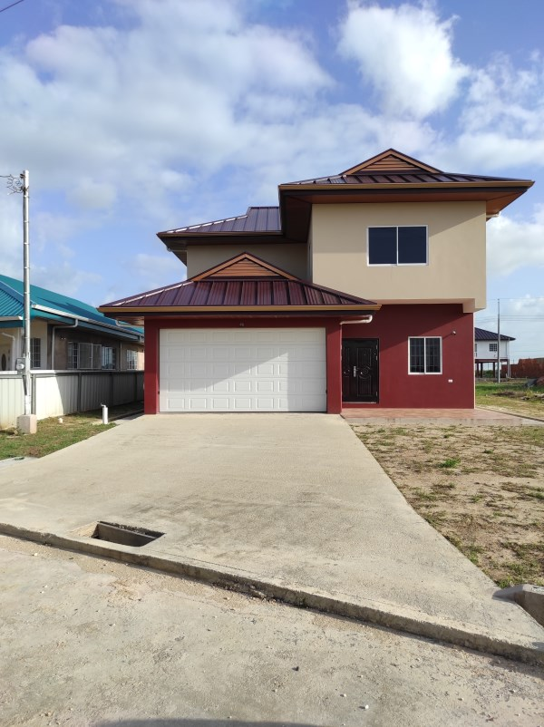 RE/MAX real estate, Trinidad and Tobago, Chaguanas, 3 Bed 2 & 1/2 Bath Home in Woodford Gardens, Chaguanas