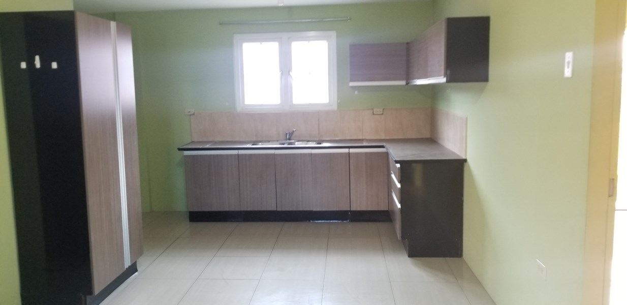 RE/MAX real estate, Trinidad and Tobago, Arima, Tecoma Boulevard Upper Floor Apartment