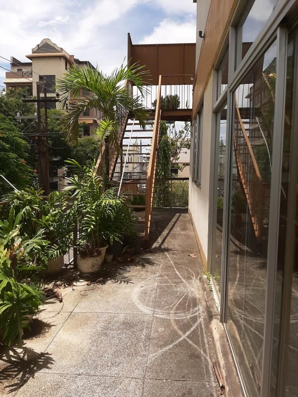 RE/MAX real estate, Trinidad and Tobago, Port-of-Spain, Four Storey Commercial Unit in Port of Spain For Sale