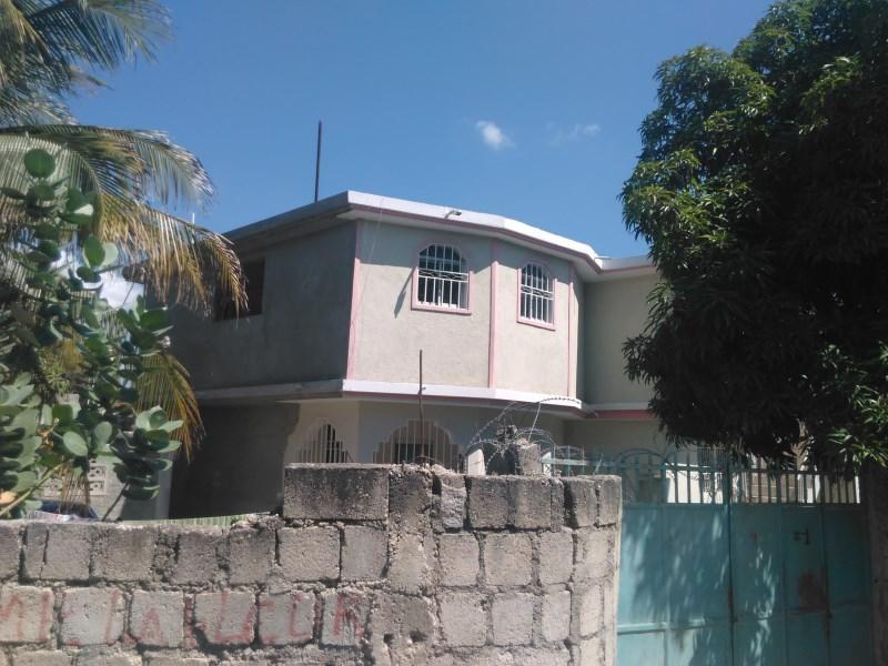 RE/MAX real estate, Haiti, Aboni, Great House For sale in Santo 22, Haiti