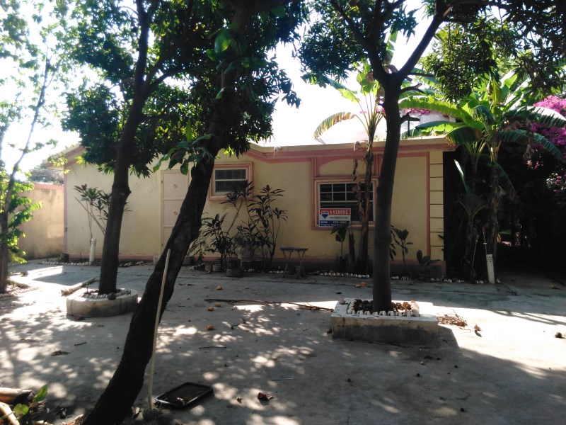 RE/MAX real estate, Haiti, Croix-des-Bouquets, Nice Family House For Sale in Santo 15, Haiti