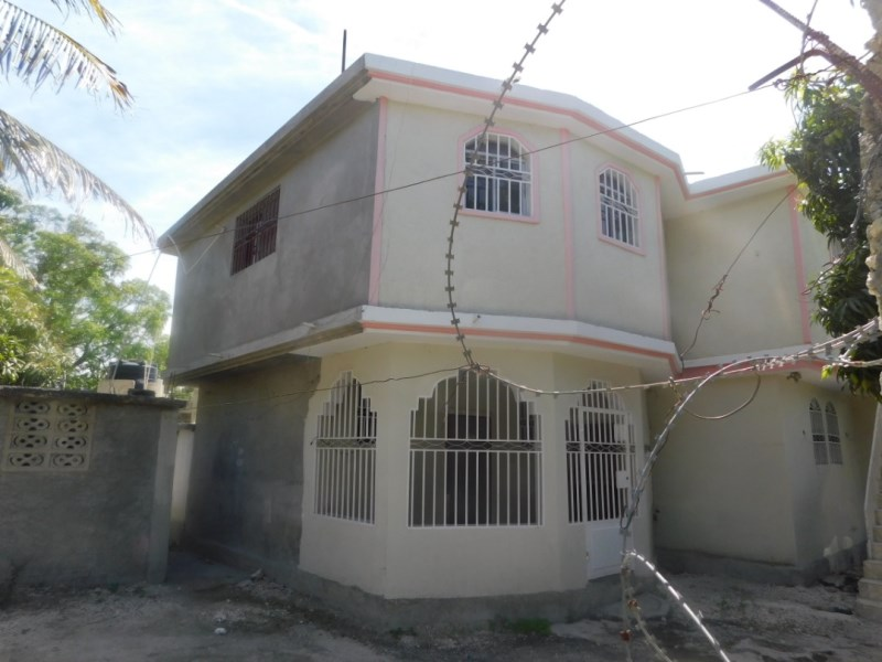 RE/MAX real estate, Haiti, Croix-des-Bouquets, Independent apartments for Rent in Santo 22, Haiti
