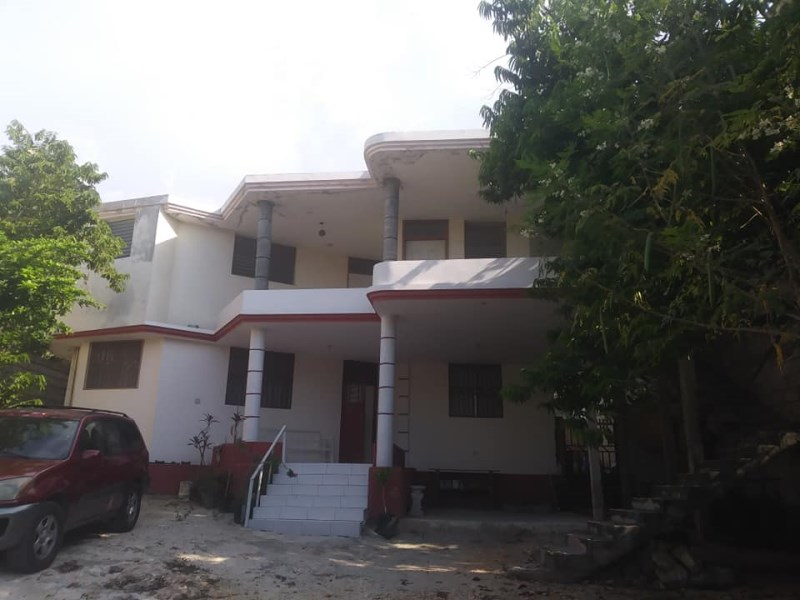RE/MAX real estate, Haiti, Port-au-Prince - Deimas, Nice independent apartment for Rent Delmas 75, Haiti