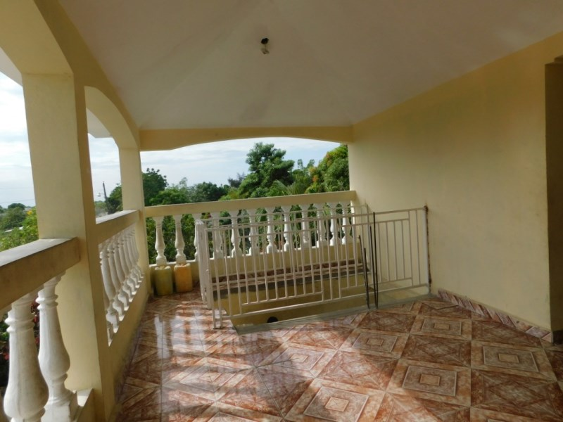 RE/MAX real estate, Haiti, Croix-des-Bouquets, Big House for Sale in Lilavois, Haiti