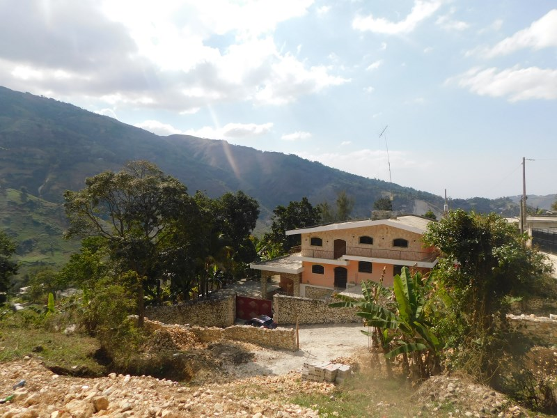 RE/MAX real estate, Haiti, Fermathe, Amazing 5-Bedroom Property For Sale In Doco, Thomassin 32