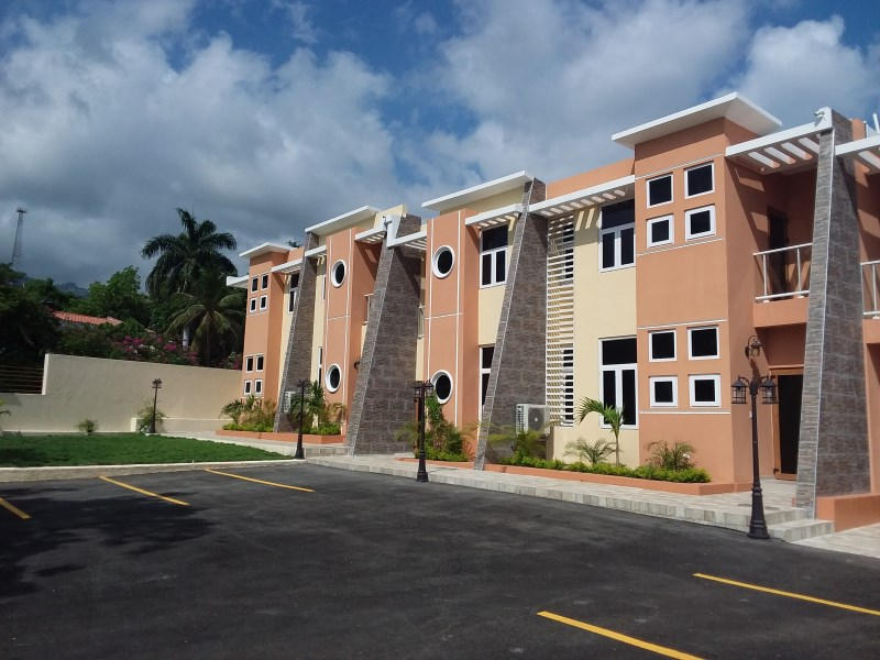 RE/MAX real estate, Haiti, Port-au-Prince - Petionville, Great Furnished & Unfurnished Appartments For Rent In Belvil - Highly Secure Location In Haiti