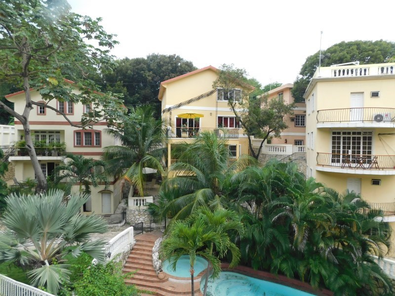 RE/MAX real estate, Haiti, Port-au-Prince - Deimas, Apartments for rent in Domaines des Acajoux  Delmas 95