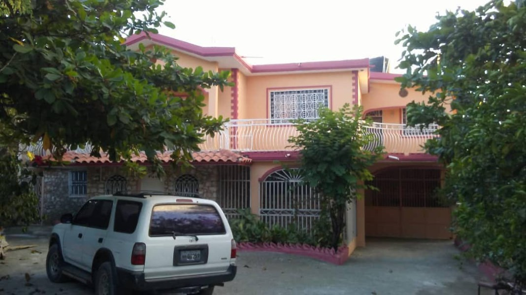 RE/MAX real estate, Haiti, Jacmel, Classic 2 Family Caribbean Style For Sale