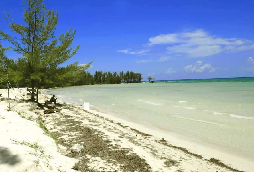 RE/MAX real estate, Bahamas, Freeport, EIGHT ACRE TOURIST DEVELOPMENT LOT FREEPORT LUCAYA