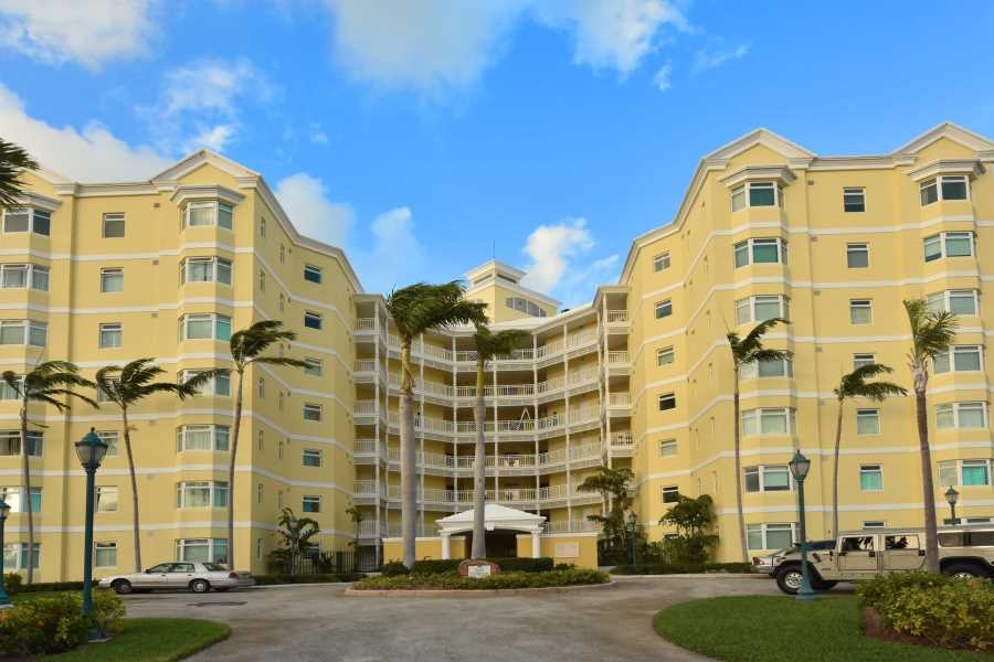 RE/MAX real estate, Bahamas, Bayroc, CHARMING OCEANVIEW  CONDO AT BAYROC- CABLE  BEACH