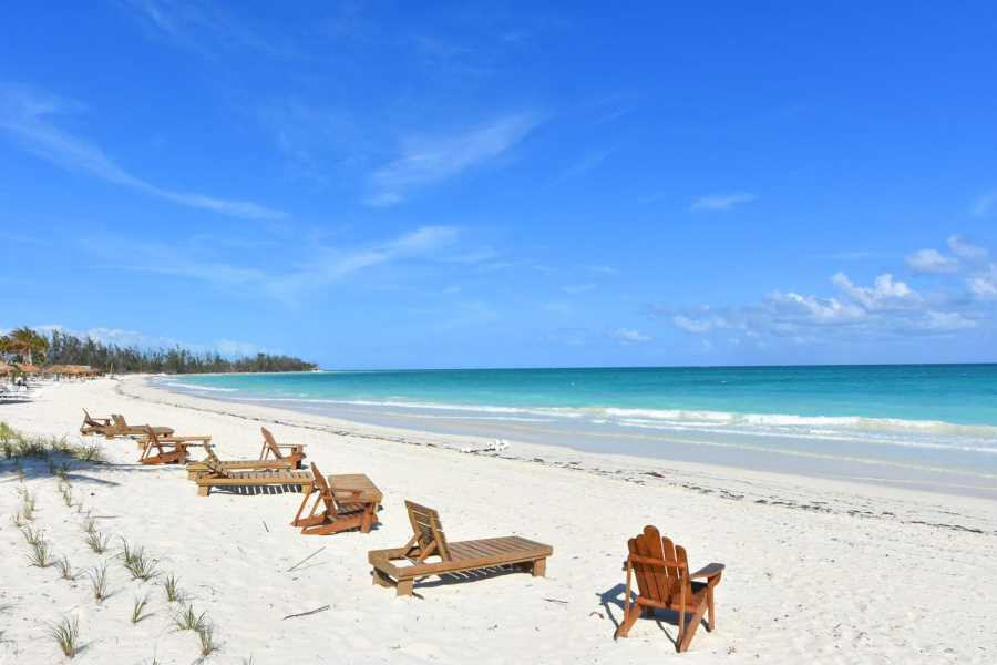 RE/MAX real estate, Bahamas, Freeport, BEACHFRONT- THREE BEDROOM TOWNHOUSE-FREEPORT LUCAYA