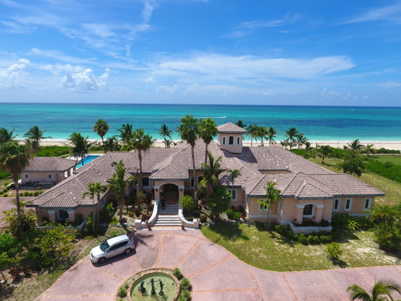 RE/MAX real estate, Bahamas, Fortune Bay, MAGNIFICANT BEACHFRONT ESTATE