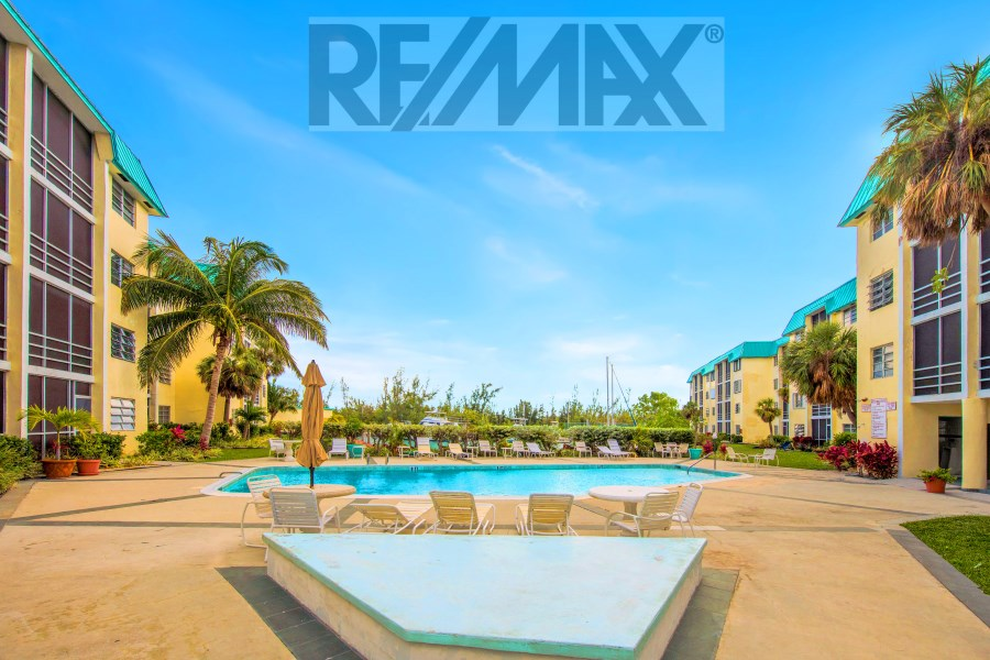 RE/MAX real estate, Bahamas, Lucaya, COVE HOUSE TWO BEDROOM CONDO