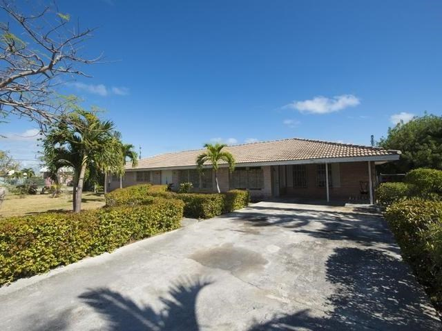 RE/MAX real estate, Bahamas, Freeport, THE RIDGE THREE BEDROOM HOME WITH ONE BR APARTMENT