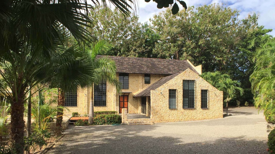 Remax real estate, Costa Rica, La Abuela, Custome Stone Home