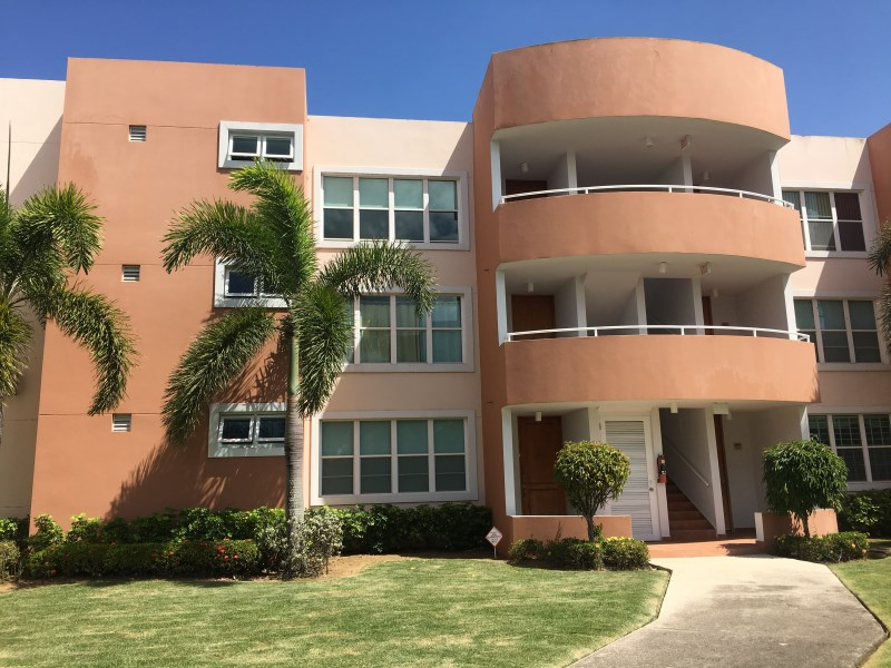 RE/MAX real estate, Puerto Rico, URB Montecasino, TERRAZAS DE MONTECASINO