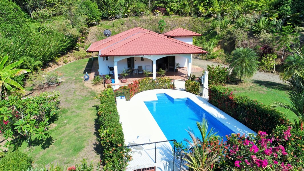 Remax real estate, Costa Rica, Tres Rios, THE PRICE WILL MOVE YOU! Beautiful Mountain View Home with easy access.