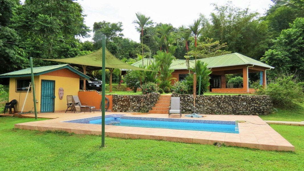 Remax real estate, Costa Rica, Ojochal, Ocean view acreage with easy access - 1.3 acres.
