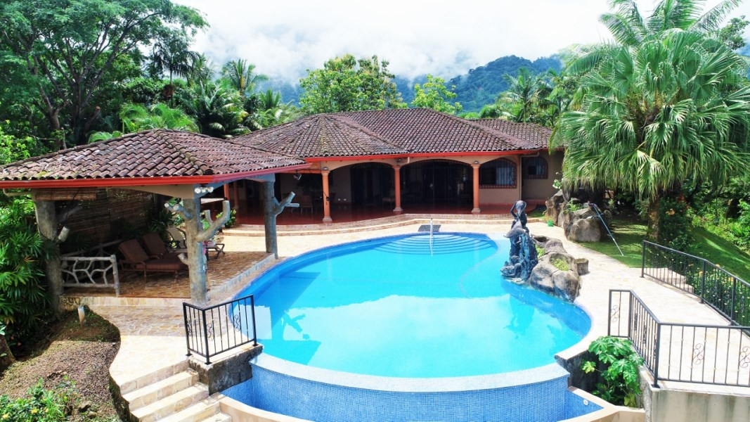 Remax real estate, Costa Rica, Ojochal, Essence of Elegance. 3 Bedroom French Country House in the Heart of Ojochal.