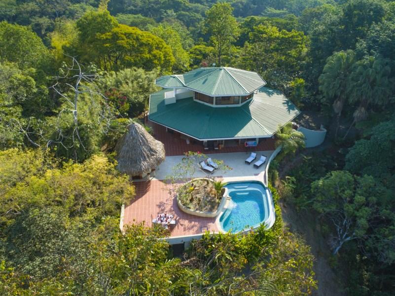 Remax real estate, Costa Rica, Dominical, Ocean View and Spectacular Jungle setting from Villa Bosque en el Cielo