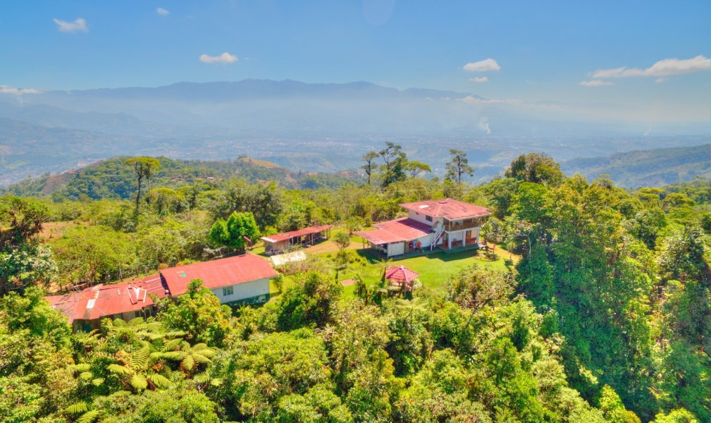 Remax real estate, Costa Rica, Pérez Zeledón - San Isidro del General, 656 ACRES – 3 Bedroom Home + Caretaker House with 360 degree views to Dominical and San Isidro!!!
