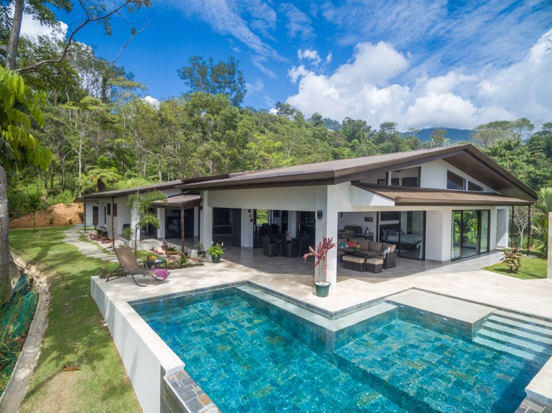 Remax real estate, Costa Rica, Uvita, CASA BONITA LUXURY HOME WITH WHALE'S TAIL, OCEAN, AND MOUNTAIN VIEWS