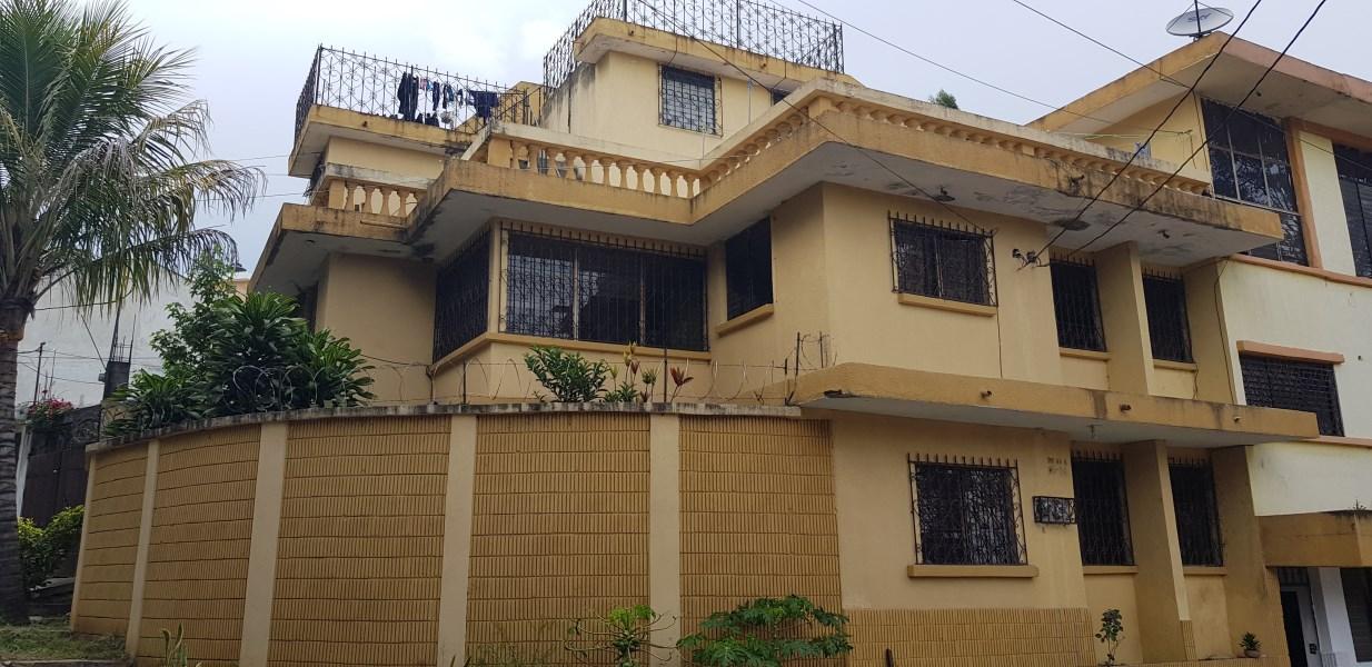 Remax real estate, Guatemala, Zona 12, Linda Propiedad con Apartamentos en alquiler