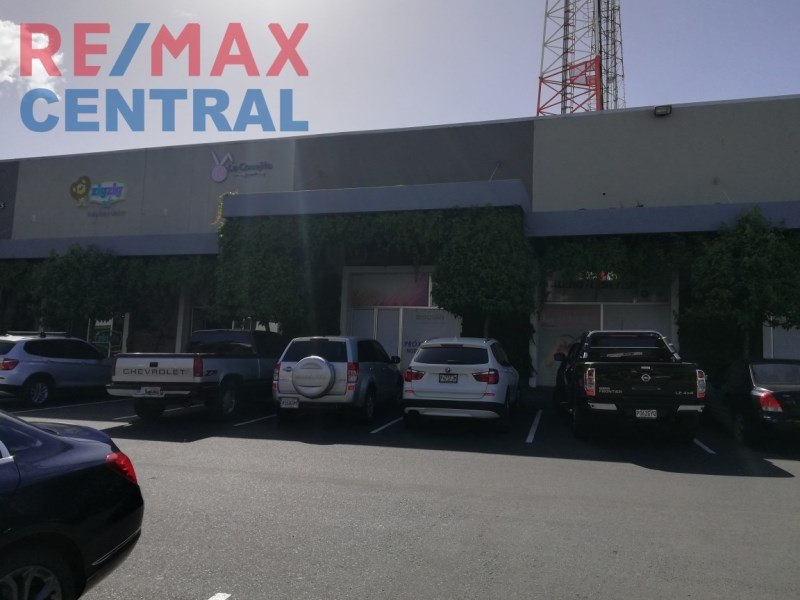 Remax real estate, Guatemala, Zona 11, REMAX CENTRAL GUATEMALA RENT LOCAL IN C.C. IN ROOSEVELT SHOES