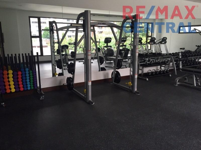 Remax real estate, Guatemala, Zona 14, APARTMENT 402 FOR RENT TIFFANY BUILDING 4 LEVEL 5 AVENIDA ZONA 14
